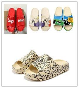 2020 Children shoes boy girl youth kid Kanye west Slide fashion Desert Sand Beach slipper foam runner Bone sandal 24-35