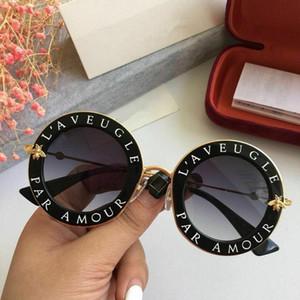 Marque chaude New Fashion 0113 Lunettes de soleil Cadres femmes noires Lunettes de soleil Shield Métal Gold Frame Lunettes de soleil Noir Lunettes nouveau style