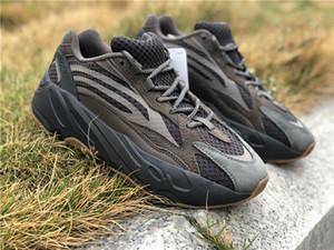 Release Wave Runner 700 v2 Geode Kanye West Scarpe da corsa Man Sports Sneakers Basf Nero Coffee Cocoa EG6860 Con scatola OG US5-12