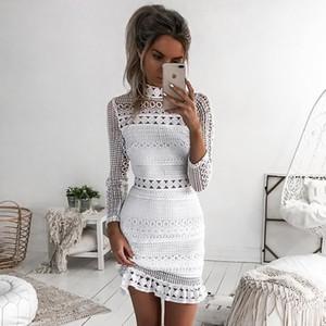 Alta Qualidade 2018 Lace White Oco out Sexy Curto Mulheres Vestido Barra Pescoço Mangas Compridas Com Zíper de Volta Ruffls Estilo Bainha Vestido de Festa de Outono