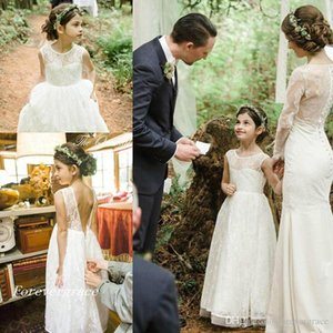 2019 Lovely Boho Flower Girl Dresses Vintage Lace Sleveless Long Pretty Kids Formal Holy First Communion Gowns