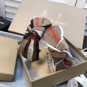 Luxe Designer Femmes Barrettes simple lettre Barrettes Bijoux Accessoires cheveux pour les femmes Party Livraison gratuite BB131 cadeau