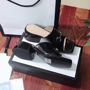 Strand Pantoffeln Sommer Designer Damenschuhe Gröbere Ferse Flops 100% Lackleder Dame Halb Pantoffel Metall Luxus hochhackigen Sandalen 35-41