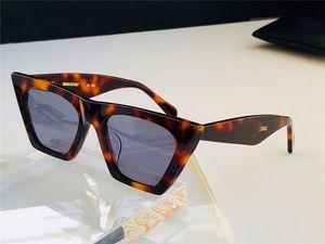 Высокое качество 41468 классические для женщин моды лето Стиль УФ защита популярных Cолнцезащитных очков Cat Eye Рамочных поставляются с Case