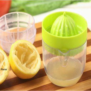 Lemon Juicer Orange Juicer Squeezers Hand Band Scale Cup Creative Mini Multifunction Kitchen Fruit Vegetable Tools YYA56