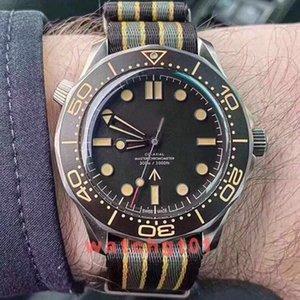 Neue Art und Weise im Freien Männer No Time Skyfall Herren James Bond 007 Diver 300M Herrenuhren Marke 50th Nato Armband-Sport-Uhr-Armbanduhr-To Die