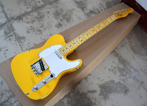 Guitarra amarela retro Eléctrica, Branco Pickguard, Bordo Fretboard, Ouro Hardwares, personalizado como você solicitar.