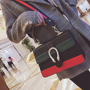 Designer borse a spalla 2018 nuovo modo signora elegante serpente testa pacchetto del coccodrillo del modello Retro spalla casuale Buckle Bag Borse