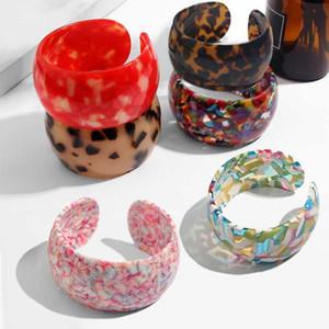 Basta sentire leopardo della resina acrilica Stampa braccialetti delle donne della ragazza per il 2019 Trendy Nuova multicolore aperto Boho Gioielli