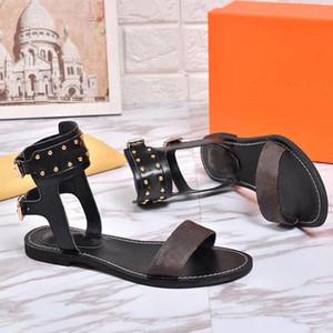 Womens Schuhe Flache Ferse Rom Sandalen 2018 Heißer Verkauf Höhlte Sandalen Flip Flops Atmungsaktive Sommer Plus Size Weibliche Schuhe Schwarz Grau Rosa