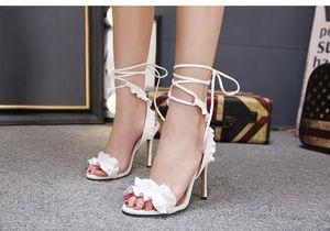 Sexy White Flower Свадебные Туфли женские Сандалии на высоком каблуке Невесты Туфли для невесты банкет Пром платье Туфли Сандалии Ремень