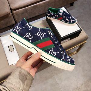 2020 Designers Luxe Hommes Femmes Chaussures design attrayant de ACE broderie Bee tête de tigre Serpent Fruit Dog Casual Flat unisexe Formateurs