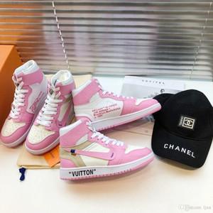 2019 scarpe da uomo di projetar di lusso top de couro rosa alta lettering mocassins de basquete impressos Ladies sneakers co-branded # 2F