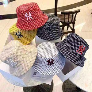 chapeau lettres de couleurs pures mixte tissu de haute qualité seau mode chapeau de pêcheur peut prendre des deux côtés