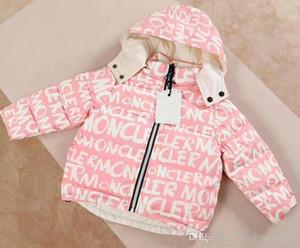 AA07 lusso neonati Down Jacket Neonati maschi incappucciato cappotto dei bambini Abiti pesanti spessi Giacche neonate Corredo su due lati della tuta sportiva
