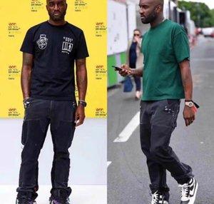 1000pcs Noir en stock de grande taille pour hommes Jeans Griffe Washed Jeans trou Applique Peinture Jeans Fashion Joker Pantalons simple