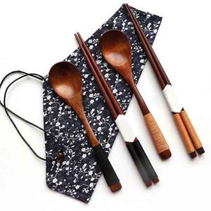 Çevre Dostu Çin Chopsticks Taşınabilir Ahşap Çatal Ahşap Chopsticks Ve Kaşık Seyahat Suit ayarlar