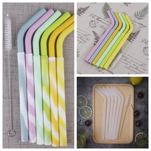 7PCS lot Portable Collapsible Straws Reusable Silicone Straws Ecofriendly Food Grade Folding Drinking Straws with Cleaning Brush ZZA1156