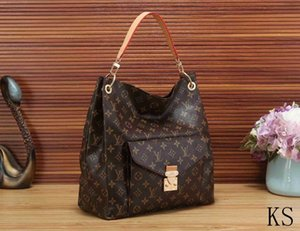 2020Fashionable new small bag for women 2020 new summer Korean style all-around messenger chain Single Shoulder Bag Fashion