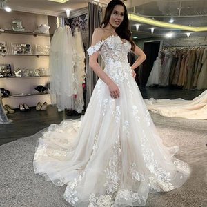 Off The Shoulder Wedding Dress Appliques A Line Wedding Gowns Sweep Train Lace-up Bridal Gowns Custom Made