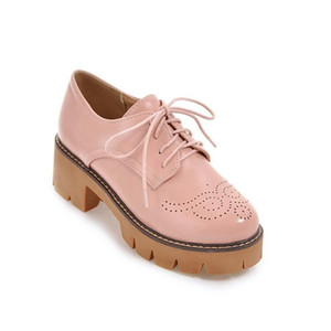 2020 Autumn Brogue Thick Heel Platform Womens Pumps Lace Up Wing Tip PU Leather Shoes Big Size Retro Casual Ladies Oxford Shoes