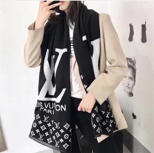 2018Fashionable quente vende feminina cachecol xale acolhedor e luxuoso feminina lenço do inverno outono é a boa colocação de ar condicionado do quarto