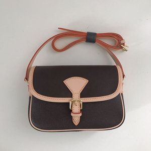 2019 kadın küçük kare paket Postacı paket Omuz çantası Eyer çantası Büyük boy: * 26 * 9.5 * 17cm