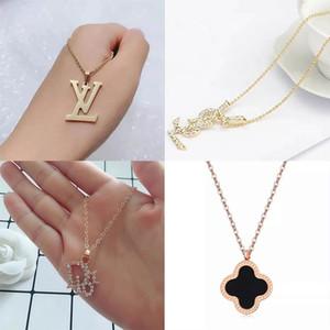 Dernières Designer Collier de luxe de Diamond femmes Colliers hommes Collier de mode bijoux exquis cadeau Instock