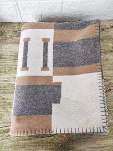 Melhor quailty Grosso Início Sofá cinza azul Venda quente Big Size 145 * 175 centímetros H marca boa quailty cobertor de lã de cor 2 145 175 centímetros *