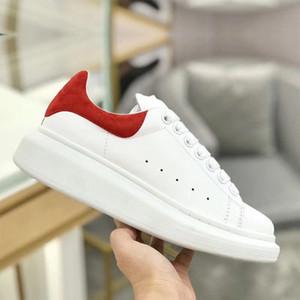Chaussures de alta calidad para mujer para hombre de los diseñadores Zapatos Negro Blanco Arco iris de la plataforma zapatillas de deporte hermosas partes inferiores de cuero zapatos de vestir Formadores estrella