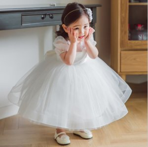 White Flower Girl Dresses for Wedding Knee Length Ball Gown Puffy O Neck Baby Girl Birthday Party Gowns with Bow