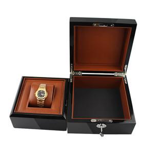 Nueva caja de reloj de madera de alta calidad sin LOGO Metal Lock Paint Marca de reloj Caja de regalo con almohada de PU