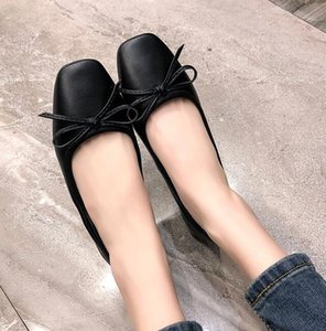 Luxury Fashion Womens Loafres Flat Cowskin Dress Camellia Design New Party Slip-On Shoes Footwear Size 35-39