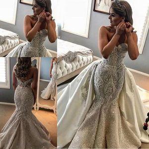 Wunderschöne Glänzende Perlenstickerei Lace trägerlos Overskirt Brautkleider mit abnehmbarem Zug 2020 SpitzeApplique Arabisch Dubai Brautkleider