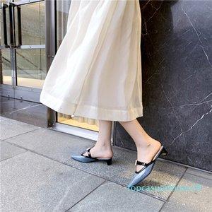 VERCONAS 2020 Женские сандалии высокое качество малыш замша женщина насосы металлические украшения круглый носок квадратные каблуки / Высокие каблуки обувь t18