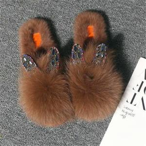 Furry Chinelos Aoxunlong Mulheres Winter Fashion Rhinestone Fur Slides Ladies Plush sapatos de senhora Quente Fluffy falhanços de aleta bonito