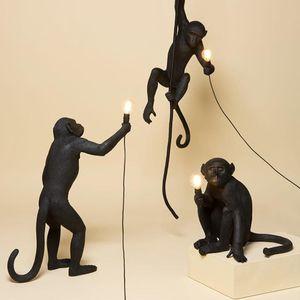 Moderna Resina Monkey Lampad Pendente Lampada Loft Style Canapa Corda Bianca Bianco Black Monkey Hanglamp Lampadari Lampadari Illuminazione Light Pendente Soffitto