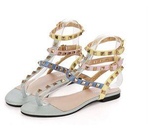 Tamaño 34-45 color del arco iris sandalias de gladiador mujer diseñador remaches chanclas T correa-sandalias cinturón de tobillo zapatos romanos