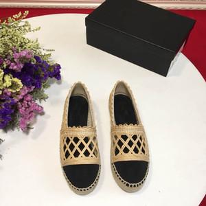 2019 Designer-Marke New europäische und amerikanische klassischer Luxus Faulenzer, Wind Fischerschuhe, reine weißen Schuhe, niedrige Freizeitschuhe, Satz Füße eng