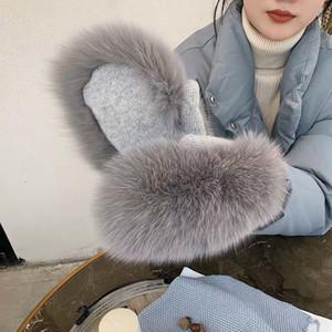 2019 Nouveau Femmes d'hiver de luxe en fourrure de renard Gants en laine Kintting moufles filles Gants de ski chaud Fur Lady Mitts russe poignet Gants CJ191225