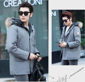 2019 Canadian Wind Down Jacket Mens Down Jacket New Long Version Mantel dicke Winterjacke mit Kapuze Mode Warme Kleidung Größe S-2XLY7