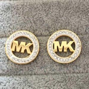 Nueva llegada Clásico Vogue Carta Rhinestone pendiente de oro, de plata, del oído Redondo Color de oro rosa del perno prisionero de las mujeres de señora Girl de señora Jewelry