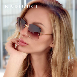 KADIGUCI Yeni Mor Perçin Çerçevesiz Güneş Gradyan Shades Büyük Çerçeve Kadın Erkek Moda Güneş Marka Tasarımcısı Şık Gözlük UV400 K395