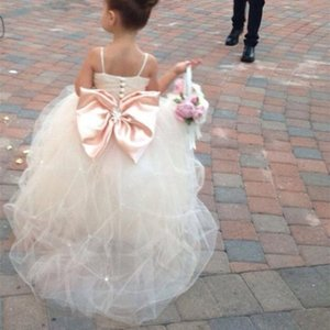 Beautiful Lavendar Flower Girls Dresses 3D Girls Dresses Pageant Gowns for Kids Wedding Princess Communion Dresses with Bows