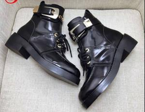 Designered03 kurze Boots-Qualitäts-echtes Leder-Frauen-Schuhe Heavy-Duty-Soles-Schnee-Aufladungen beiläufige Martin Großhandel Fashion Motorradstiefel