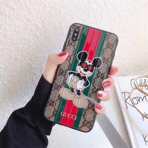 Custodia per cellulare di lusso One Piece per iPhone 6S 7 8 P X XS adorabili personaggi dei cartoni animati Custodia per cellulare Cover posteriore