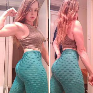 En Yoga Stock Fitness Porter polyester Spandex Femmes Fitness Apparel Collant Compression Leggings Yoga Gym Side Mesh transparente recadrées