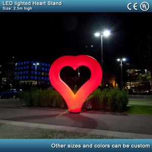 Supporto gonfiabile del cuore di illuminazione del supporto di 2.5m LED di San Valentino Decorazione della festa nuziale della decorazione del cuore gonfiabile del palloncino con il ventilatore
