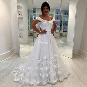 Vintage Off The Shoulder Wedding Dresses 3D Floral Appliques Lace-Up Back Arabic Bridal Gowns Sweep Train Vestidos De Novia