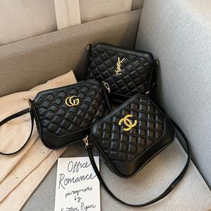 Femmes de luxe Sac à main Sacs à main nouveau style portable à la mode grande capacité un rhomboïdes épaule sac errantes